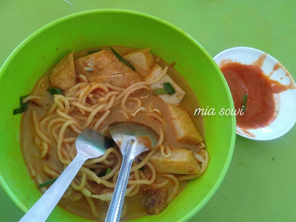 Jalan-Jalan Cari Makan : Mee Kari Wan Corner Gopeng
