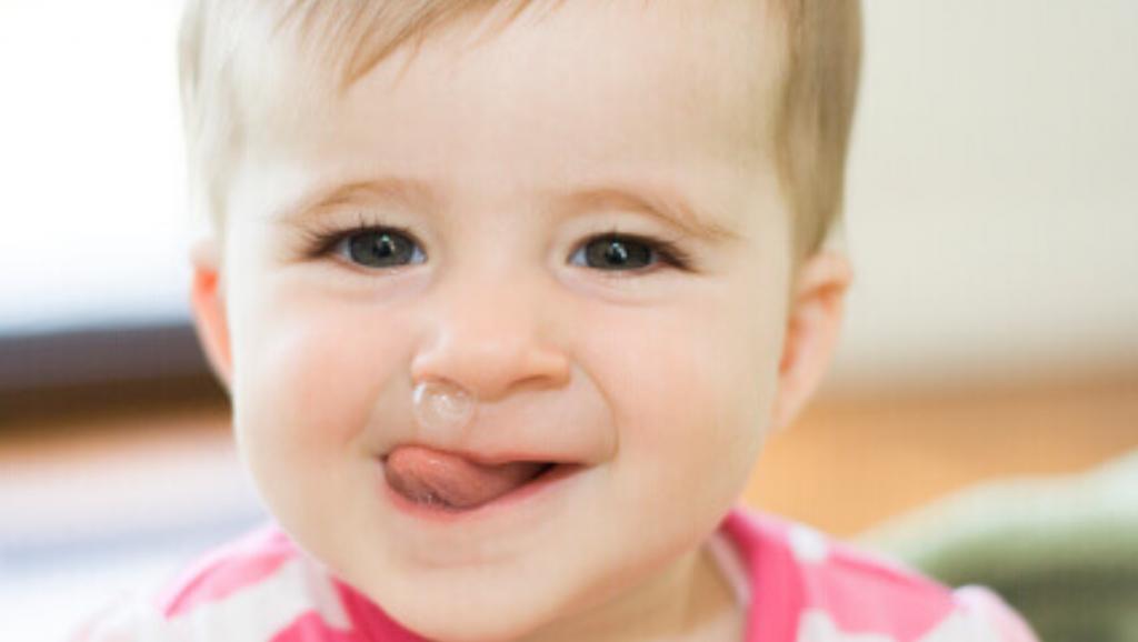 Balm Tasneem Naturel Membantu Hilangkan Selsema Bayi